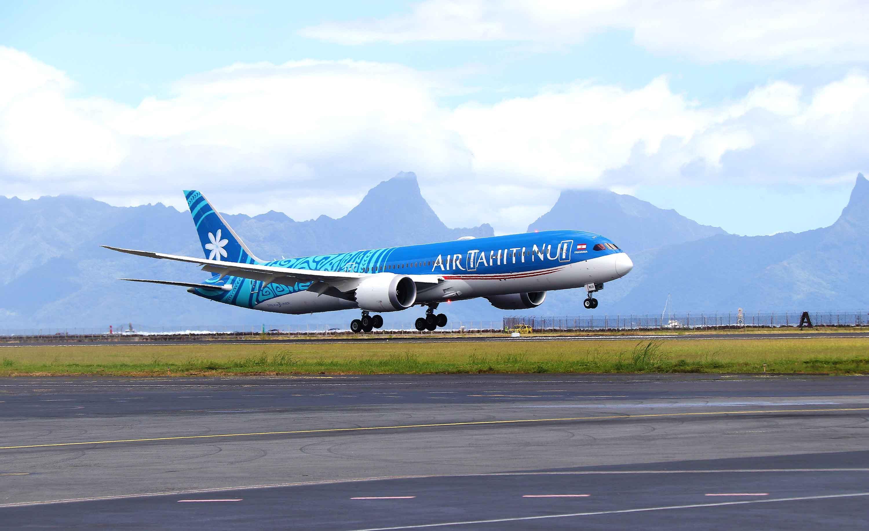 """Soutien aux compagnies aériennes : Le député Moetai Brotherson demande une aide pour Air Tahiti Nui, """"essentielle au tourisme de la Polynésie"""""""