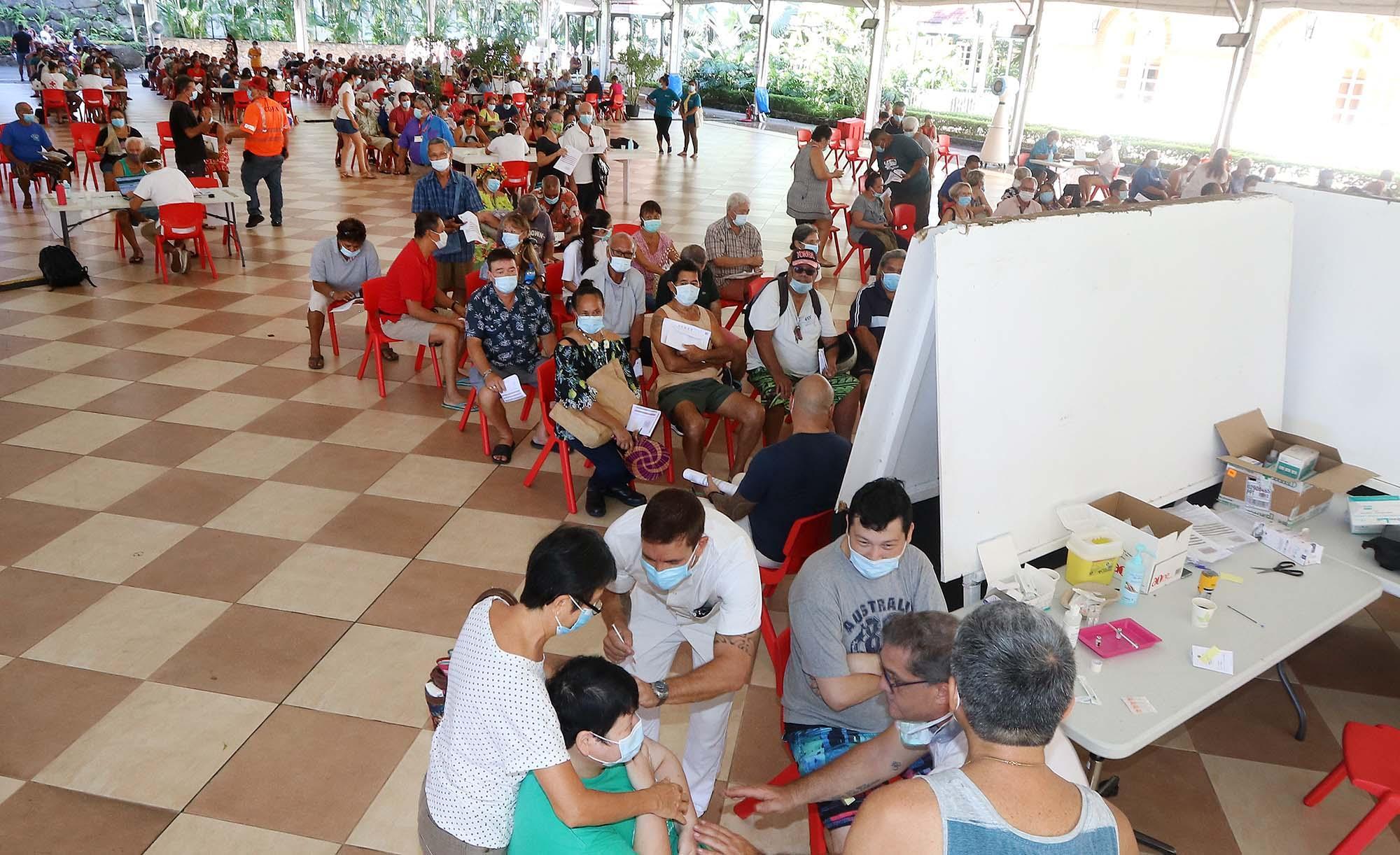 Covid-19 : La Polynésie veut accélérer la vaccination avant la réouverture des vols