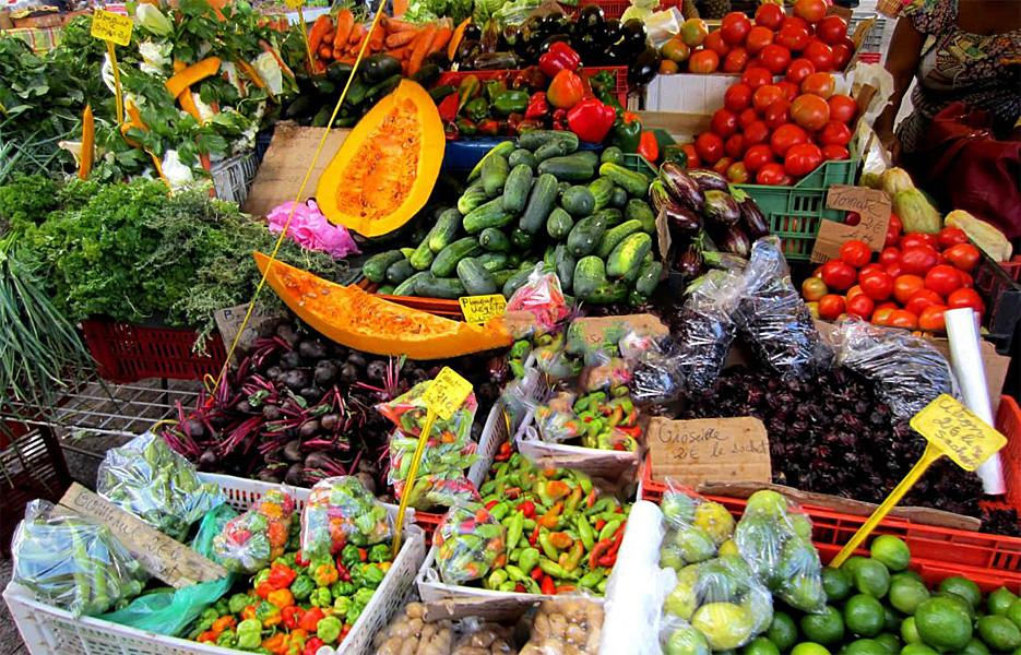 Avec les Antilles-Guyane et La Réunion, la saison 4 du « Plus beau marché de France » est lancée