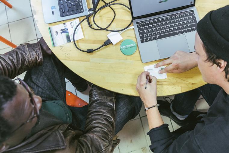 Le Groupe SOS déploie des conseillers numériques dans les Outre-mer (DROM)