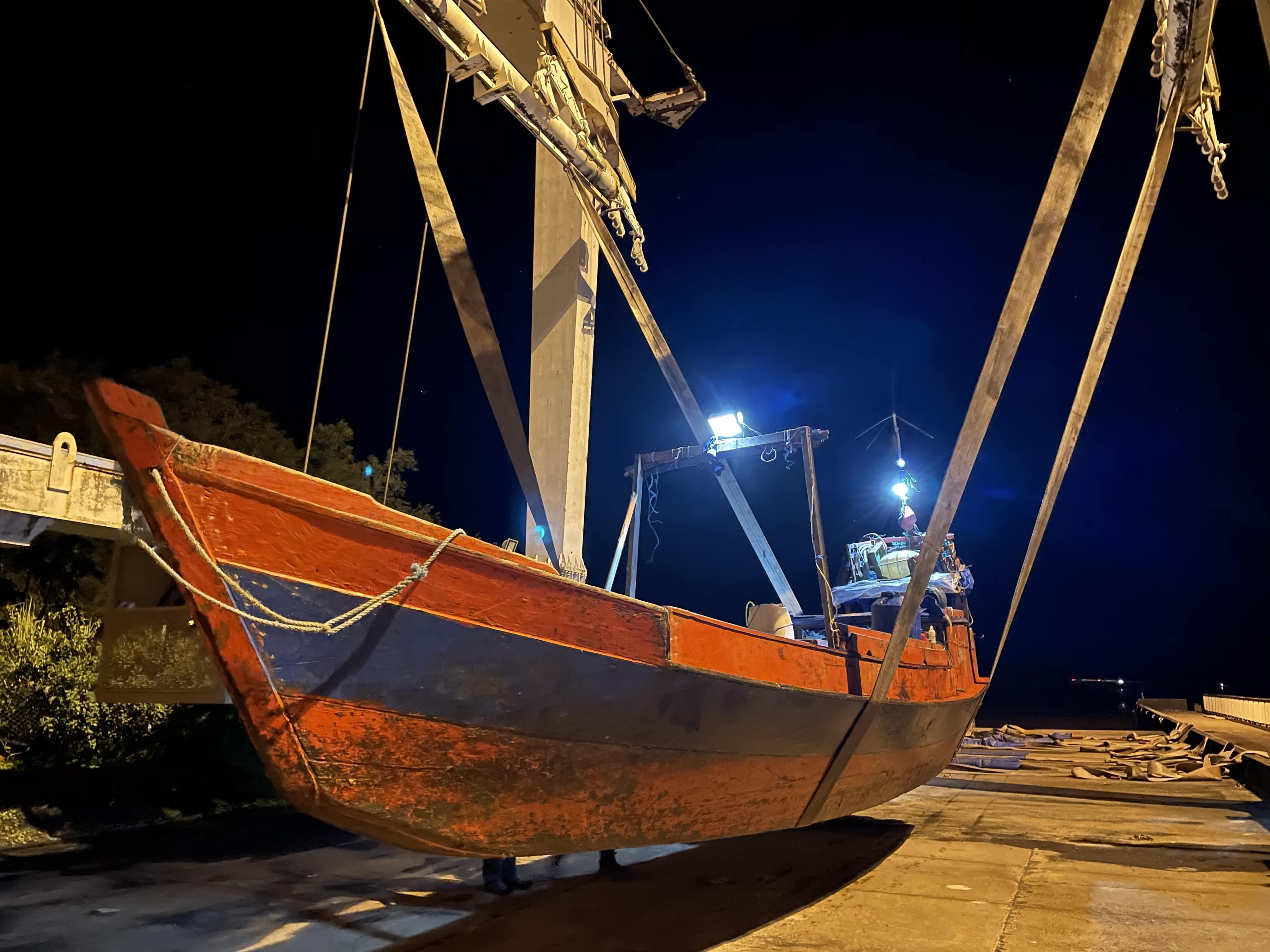 Guyane: Un navire de pêche brésilien dérouté dans le cadre de la lutte contre la pêche illégale