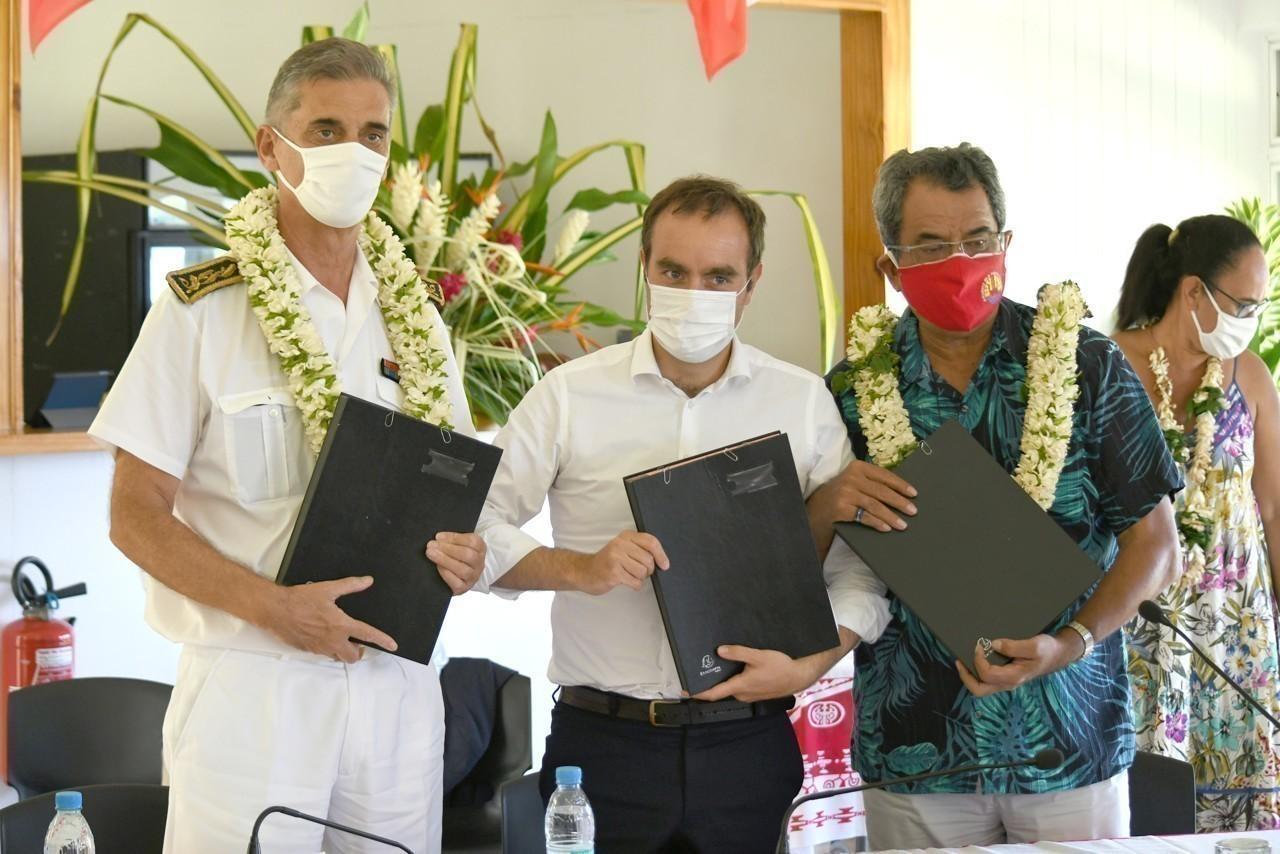 Polynésie : Le Ministre des Outre-mer Sébastien Lecornu a signé le protocole d'accord de la Convention santé Etat/ Pays d'un montant de 1,4 milliard de francs pacifique